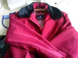 London Fog ladies coat size 14 (very dressy and warm) with zip