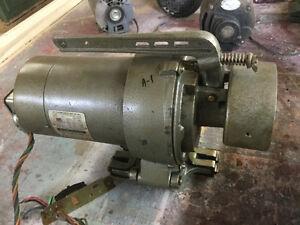 Moteur a clutch pour de machine a coudre (overlock)