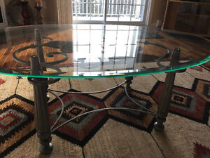 Glass and fer forgé coffee table set