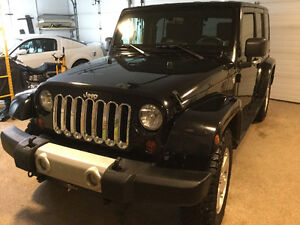 2010 Jeep Wrangler Leather SUV, Crossover