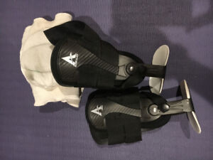 Volley ball ankle braces