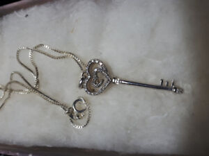 """""""Key to my Heart"""" Sterling silver necklace.  Box link chain."""