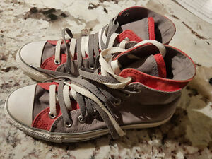 Size 8 new converse high tops
