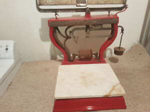 Antique Standard Computing Scale
