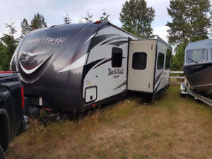 "2016 33"" North Trail Travel Trailer"