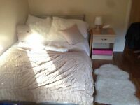 Comfortable double bedroom in South East London! --- PERFECT LOCATION