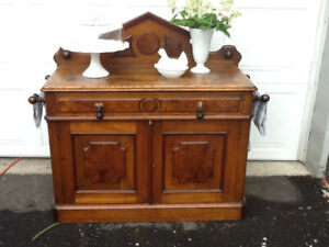 ANTIQUES  FURNITURE WEDDING ITEMS MORE FREE DELIV