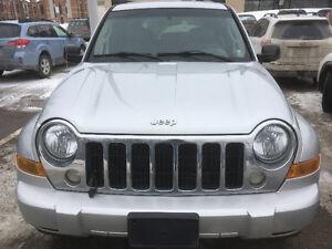 2005 Jeep Liberty Limitée VUS