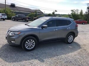 2018 Nissan Rogue SVONLY 243 B/W!!  0 down Taxes and Fees Includ