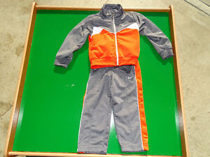 Boys Nike Track Suit ( 2T )