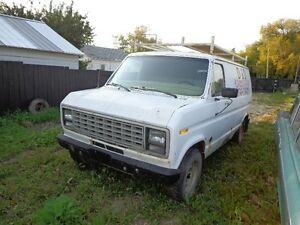 1980 ford van with good running 302 with low mileage