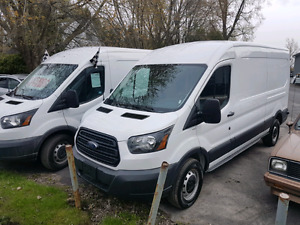 2017 ford t250 seulement 5700km