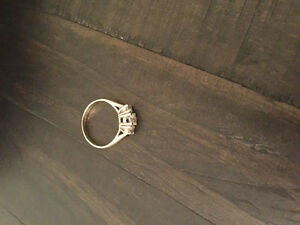Engagement ring worth $5000 selling for $1000 obo