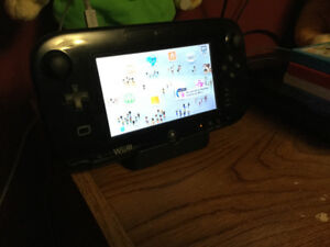 Wii U with 5 Controllers, 3 nunchucks 17 games With Box