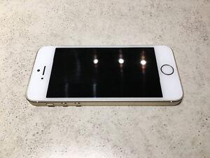 IPhone 5s OR , très bon état !!