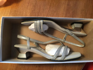 Formal Silver Dress Shoes & Matching Clutch