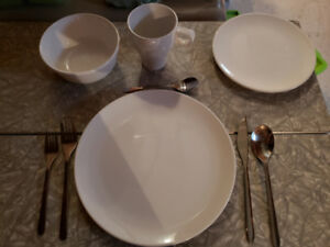 24 set Dinner Service with cutlery