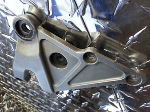 03 04 05 06 CBR 600RR RIGHT REARSET FOOT PEG BRACKET *DAMAGED*