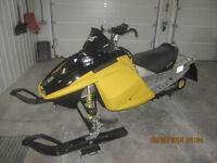 2005 MXZ440X