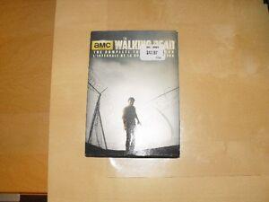 DVD The Walking Dead intégrale de la quatrième saisons West Island Greater Montréal image 1