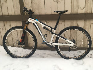 2011 Trek Superfly Carbon Gary Fisher Collection - size Large