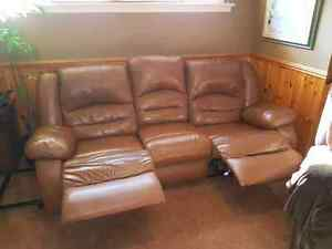 Light brown top grain leather couch $250 OBO  Cambridge Kitchener Area image 2