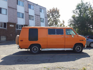 1981 Chevrolet G20 Van (Moteur Rebuilt 6000km)
