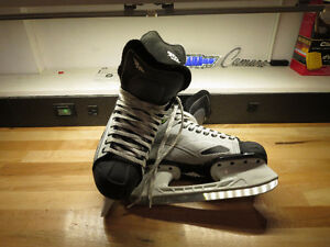 Youth Hockey Skates Mission Size 7e and Bauer Size 3ee