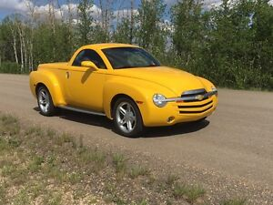 RARE 2005 Chevrolet SSR 6.0L 6 speed