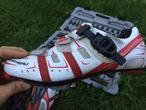 Lightweight carbon EXO bike shoes!8.5