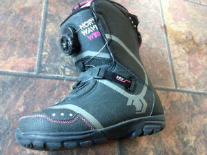 Women's size 6.5 amazing boots only worn one season