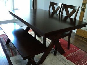 Dining Table, 2 chairs plus bench - great condition