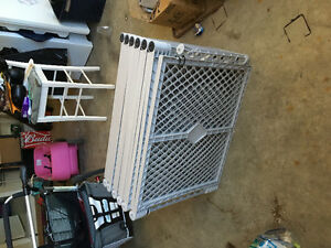Large play yard/ baby gates
