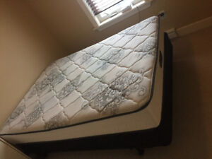 Simmons mattress set
