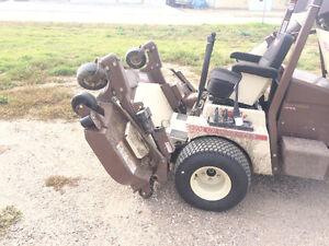 Grasshopper Zero Turn and Attachments Riding lawnmower Regina Regina Area image 5