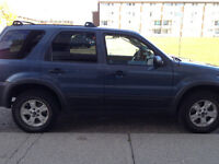 2006 Ford Escape SUV, Crossover 4x4-low klm,remote starter