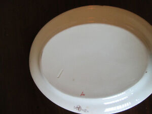 WEDGWOOD LOUISE PLATTER West Island Greater Montréal image 2