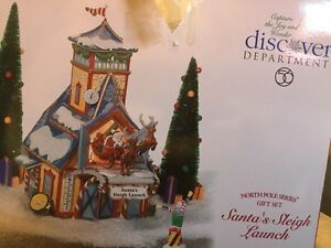 Department 56 Santa's Sleigh launch - Christmas time
