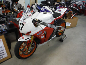 #1 plated Factory Honda Superbike.  CSBK Champion 2014 Kawartha Lakes Peterborough Area image 2