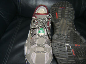 STEEL TOED RUNNING SHOES