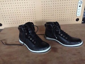 Brand New SPERRY TOP-SIDER Boots, size 11