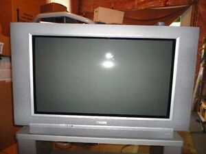 Free Philips Color TV in good work condition.