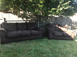 Love seat and couch for sale 150$ negotiable