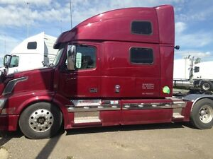 2015 Volvo 780 loaded