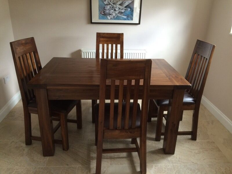 Fenwick Extending Dining Table X 4 Chairs