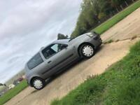 RENAULT CLIO AUTHENTIQUE 8V