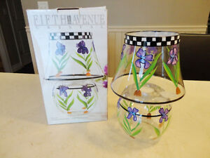 Fifth Avenue Crystal Flower Tealight Candle Lamp - Brand New