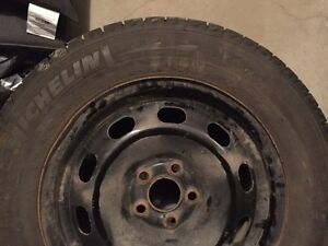 Set of 4 Michelin X-ice tires with steel rims Strathcona County Edmonton Area image 1