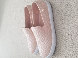 Tory Burch Flat Shoes Powder Pink Colour Comfortable Size 7.5