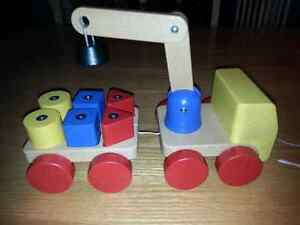 Solid wood pull toy crane with magnetic blocks Kitchener / Waterloo Kitchener Area image 1
